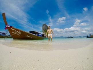 Foto tirada em modo Time Lapse, 0.5 sec, câmera no flutuador enfiado na areia